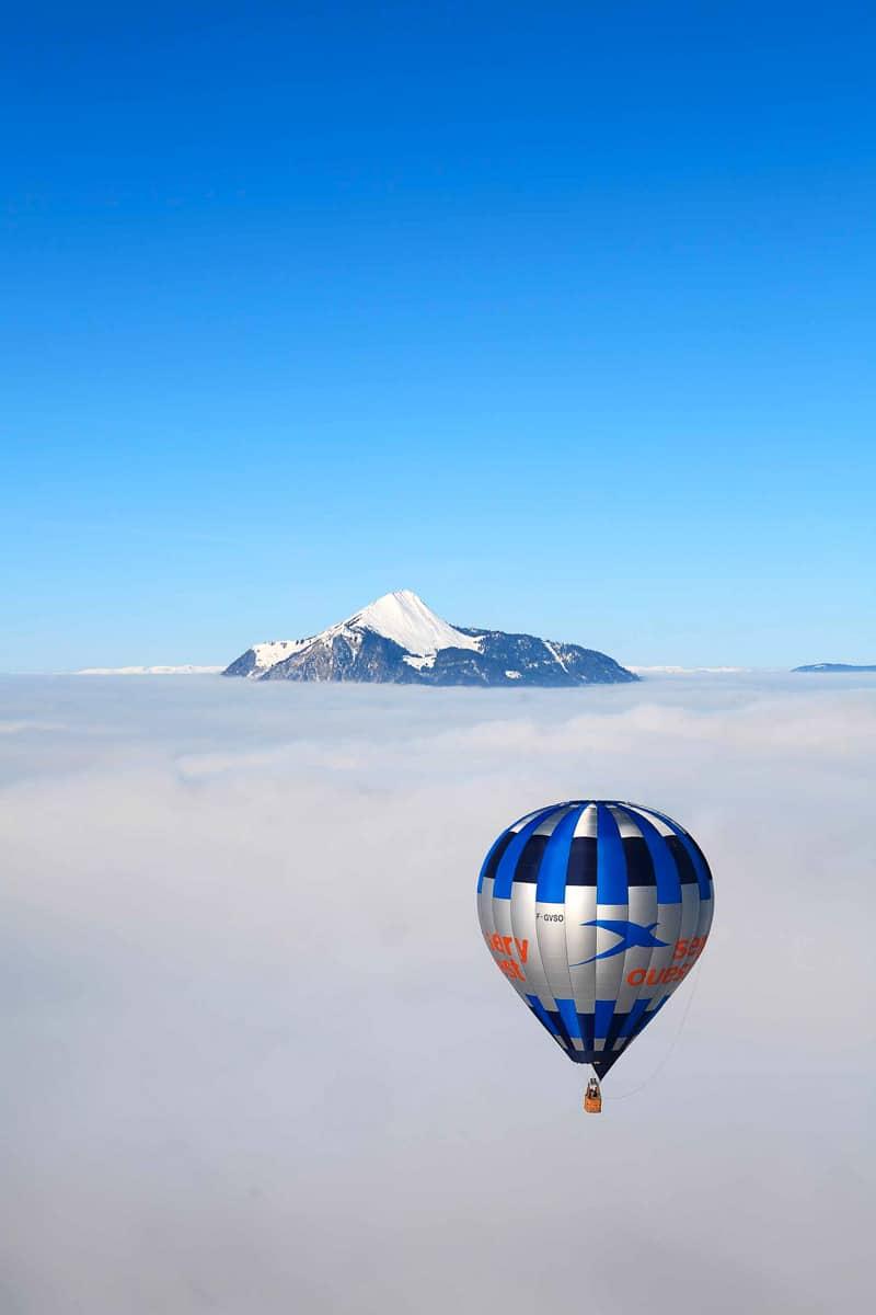 Paysage aérien alpes françaises